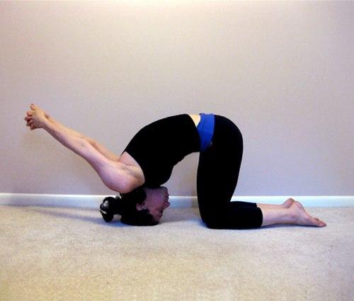 Упражнение на растяжку плеч